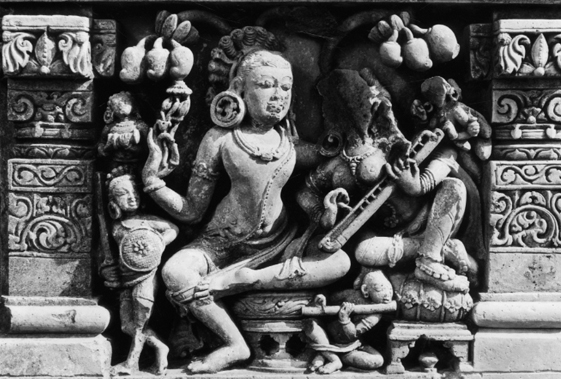 Musical Instruments in Indian Art